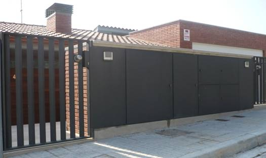 M r varmo s l taller metalurgico y calderer a for Cerramientos de jardines y casas